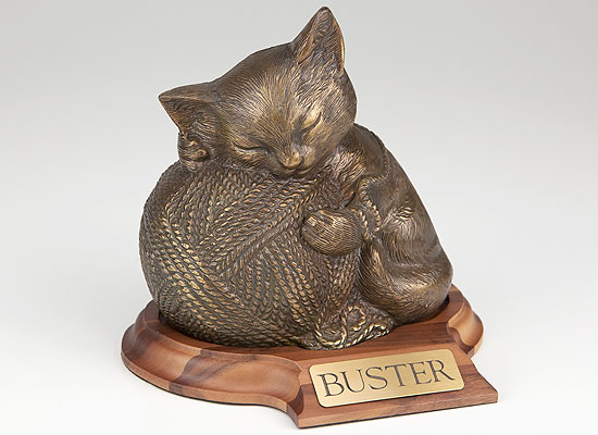Precious Kitty - Bronze with base